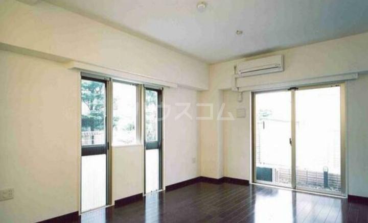 レジディア三軒茶屋Ⅱ 102号室の景色