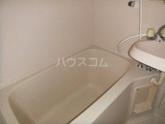 ベルシティ四谷 102号室の風呂