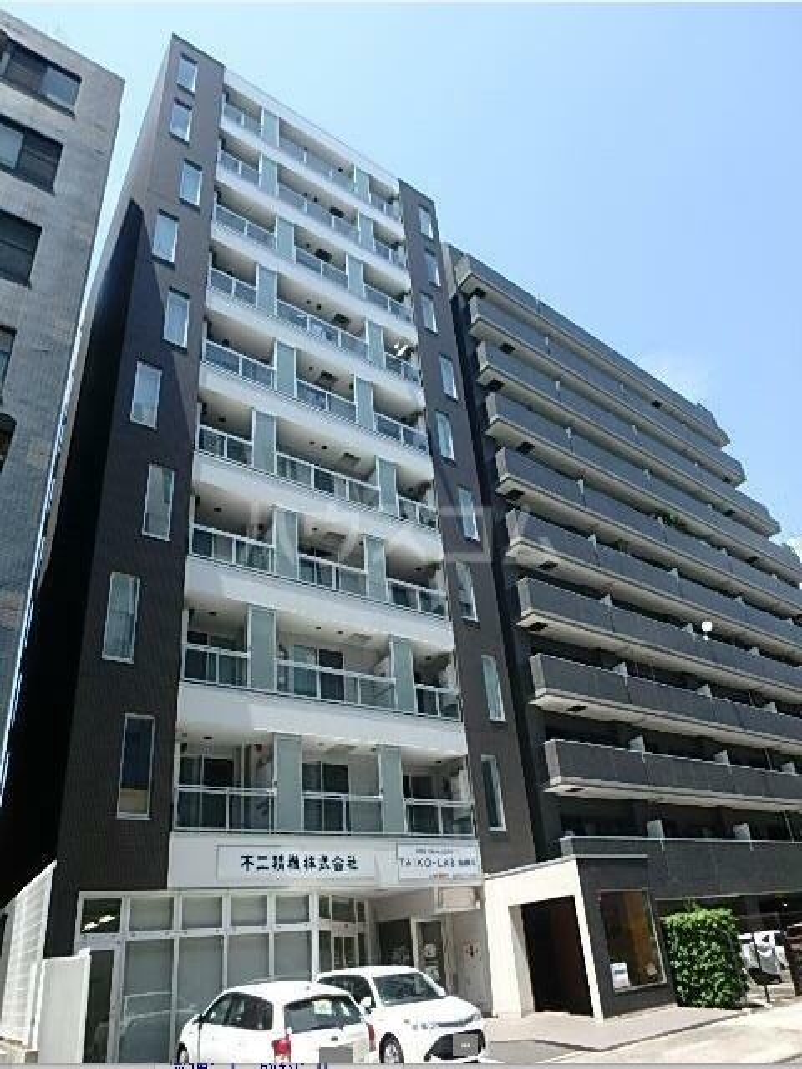 RJRプレシア新横浜の外観