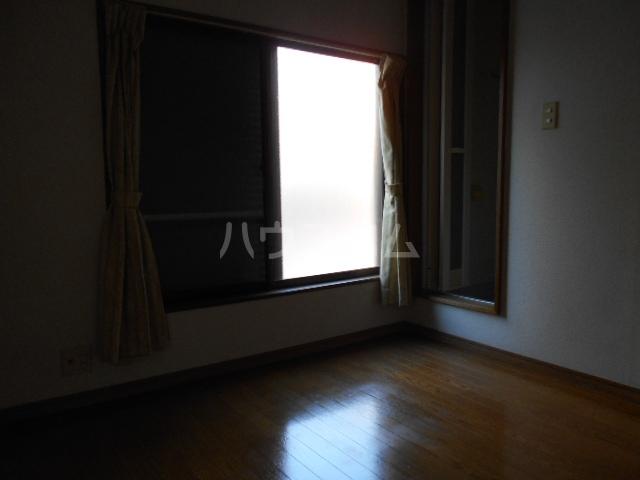 坂西荘 201号室のリビング