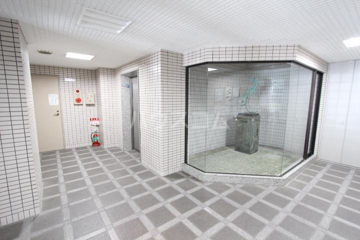 豊田神田町コーポラス 902号室のエントランス