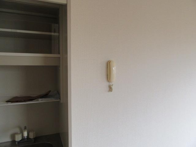 サンシティマミーナ 105号室の玄関