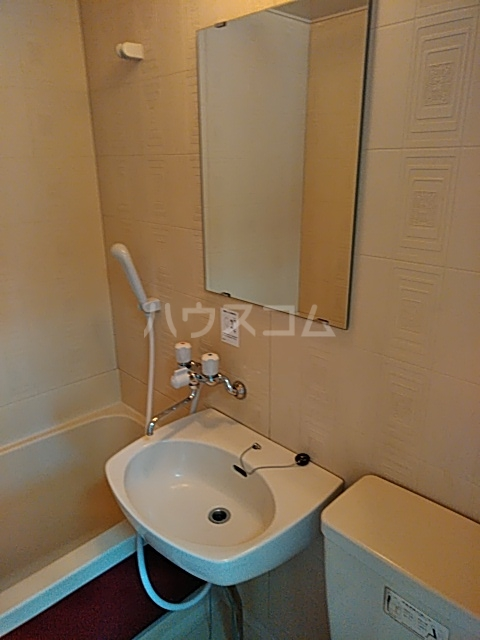 セシール若尾 101号室の洗面所