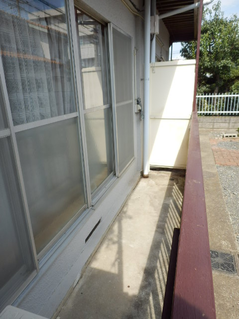 杉田マンション 00102号室のバルコニー
