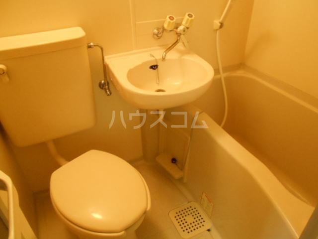 コートダジュール B-103号室の風呂