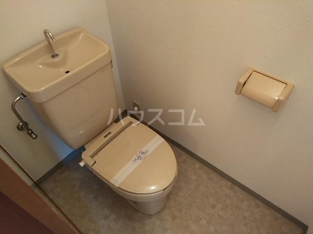 プラザ22 301号室のトイレ