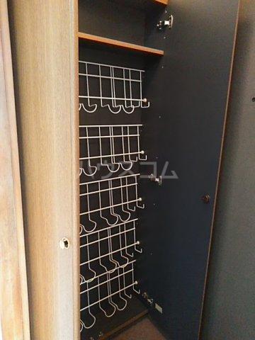 プラザ22 301号室の玄関