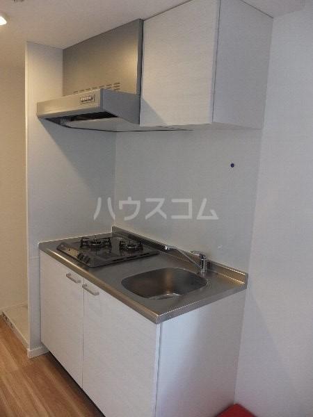プチフール桜新町 102号室のキッチン