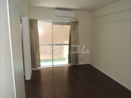 いづみレジデンスB棟 204号室のベッドルーム