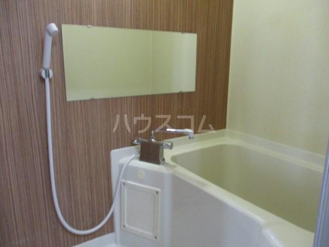 サンパレス木下 301号室の風呂