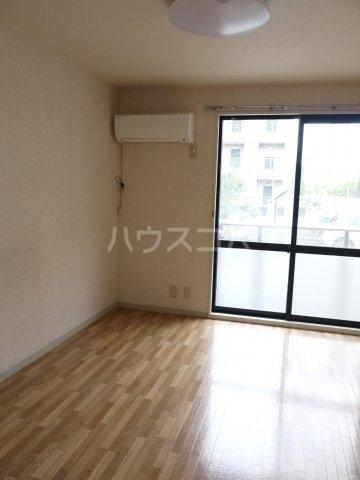 ボナール滝澤A 101号室のリビング