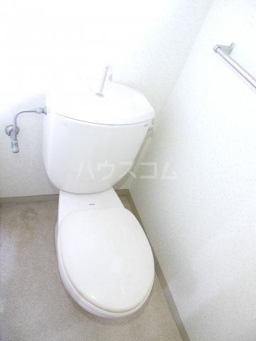 ボナール滝澤A 101号室のトイレ