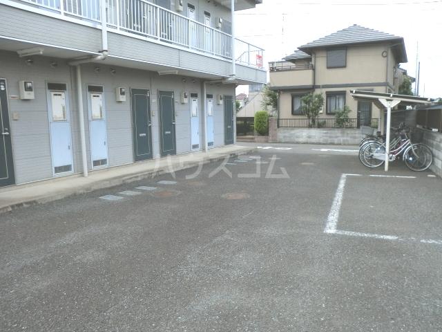 ハイムユタカ 101号室の駐車場