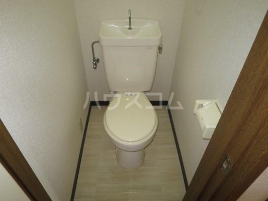 松風荘 102号室のトイレ
