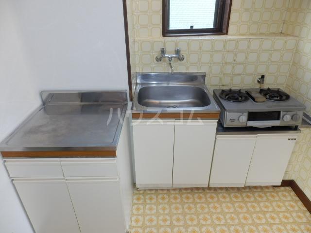 セゾン冨士 305号室のキッチン