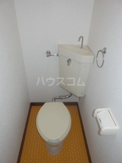 セゾン冨士 305号室のトイレ