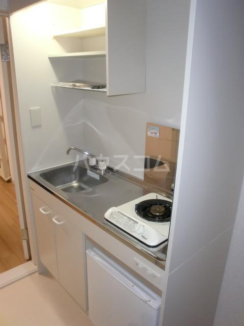 プラザ・ドゥ・ガロンヌD 107号室のキッチン