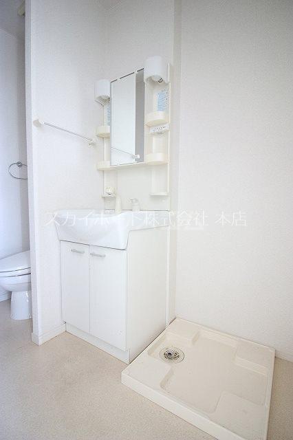 アトレ鷲津 202号室の洗面所