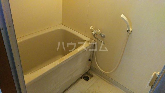 ローリエ八幡山 101号室の風呂