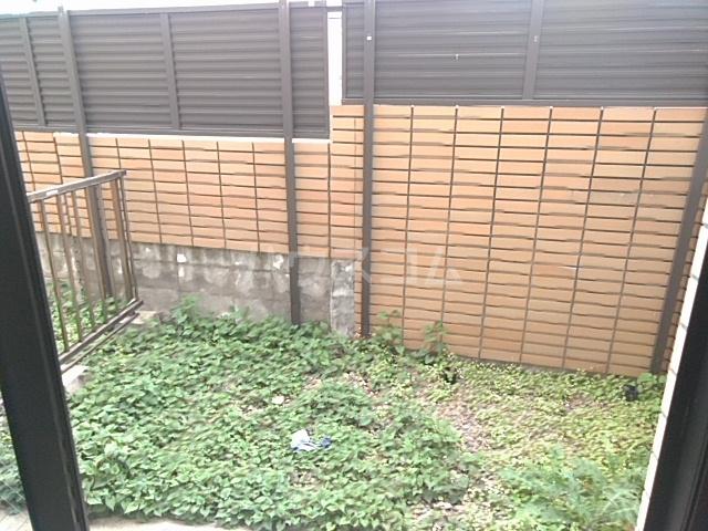 リバパレス 204号室の庭