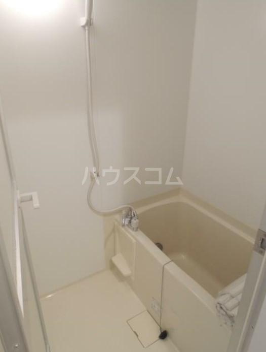 いづみレジデンスB棟 502号室の風呂