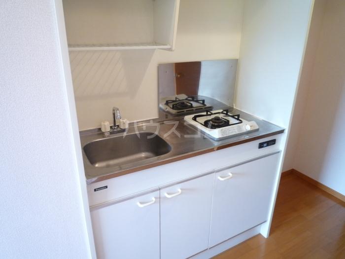 ズオン・ゼロ 302号室のキッチン