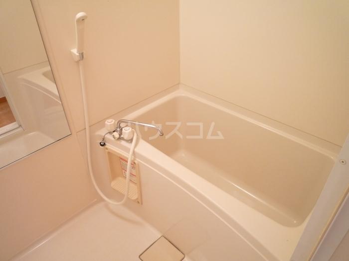 ズオン・ゼロ 302号室の風呂