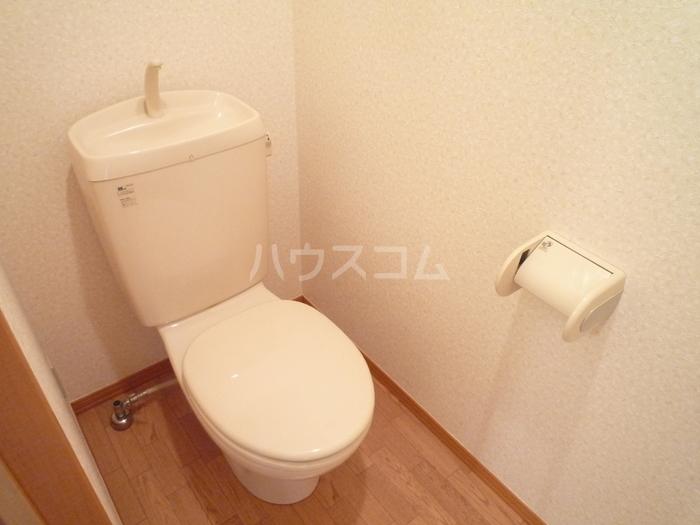 ズオン・ゼロ 302号室のトイレ
