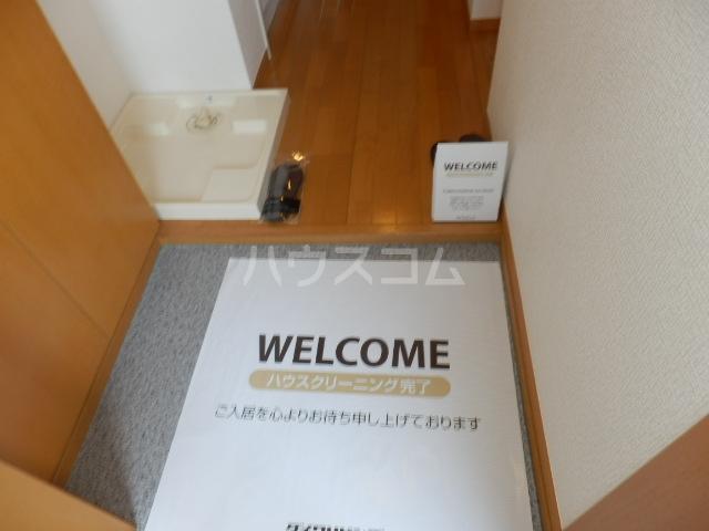 ズオン・ゼロ 302号室の玄関