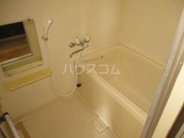 ドエルフォーラムD 102号室の風呂