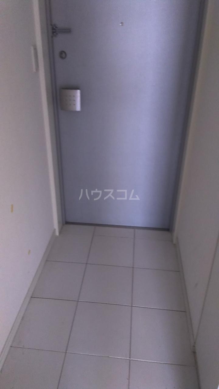 レジディア目白Ⅱ 405号室の玄関