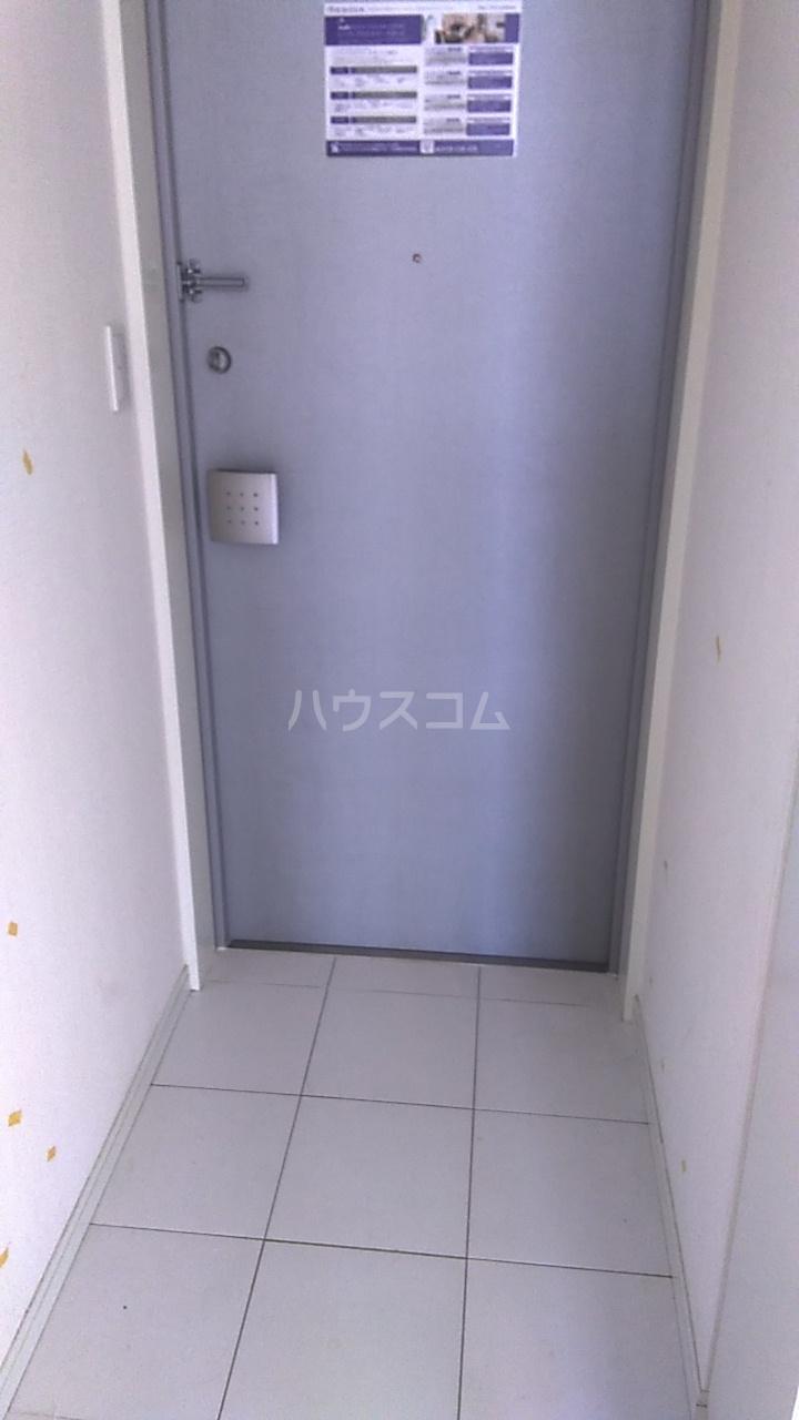 レジディア目白Ⅱ 604号室の玄関