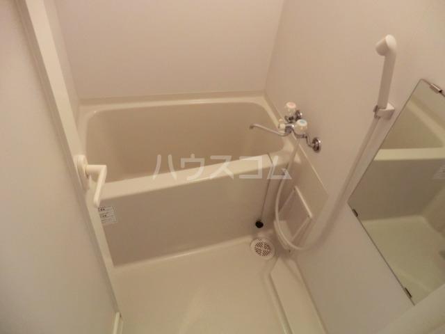 ウィルテラス千歳烏山 1301号室の風呂
