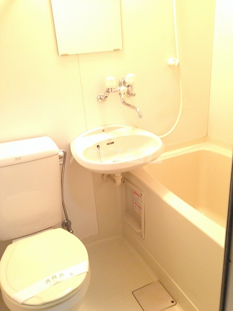 アビタⅡ 103号室の風呂