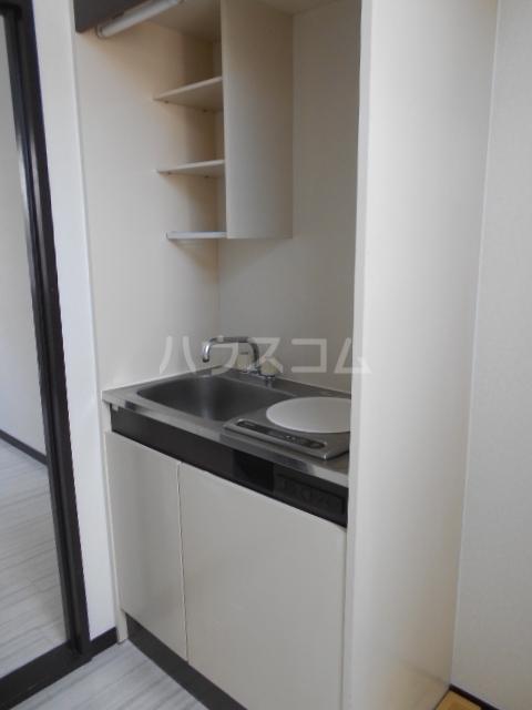 キャピタルⅠ 205号室のキッチン