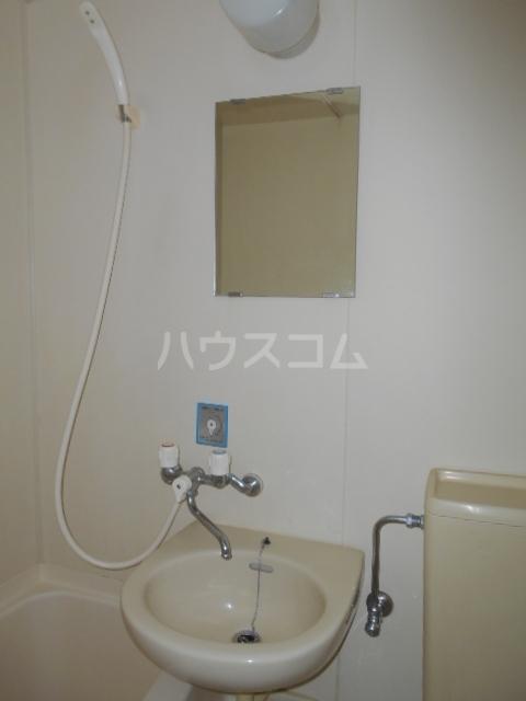 キャピタルⅠ 205号室の洗面所