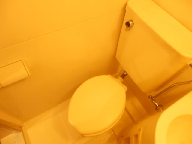 ジュネパレス幕張本郷第2 101号室のトイレ