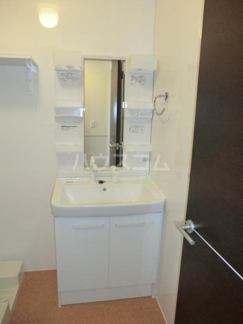 SERENO ⅲ 106号室の洗面所