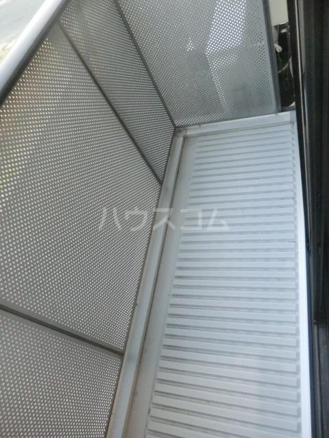 ミニヨンピエース 102号室のバルコニー