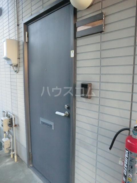 ミニヨンピエース 102号室の玄関