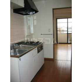 サン・フレグランス 302号室のキッチン