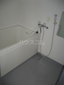 サン・フレグランス 302号室の風呂