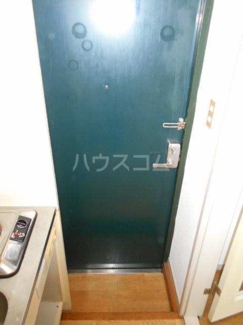 カオパレスNO5 202号室の玄関