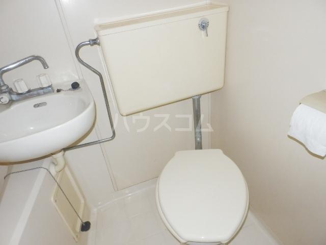 パルーム栗山 103号室のトイレ