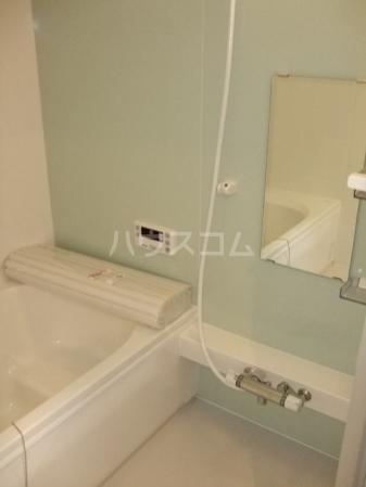 Gardenia 101号室の風呂