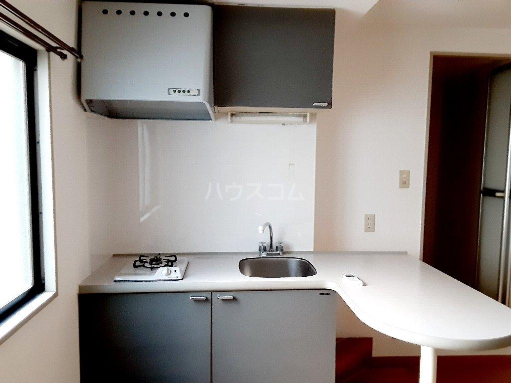 エスポワール茨木 204号室のエントランス
