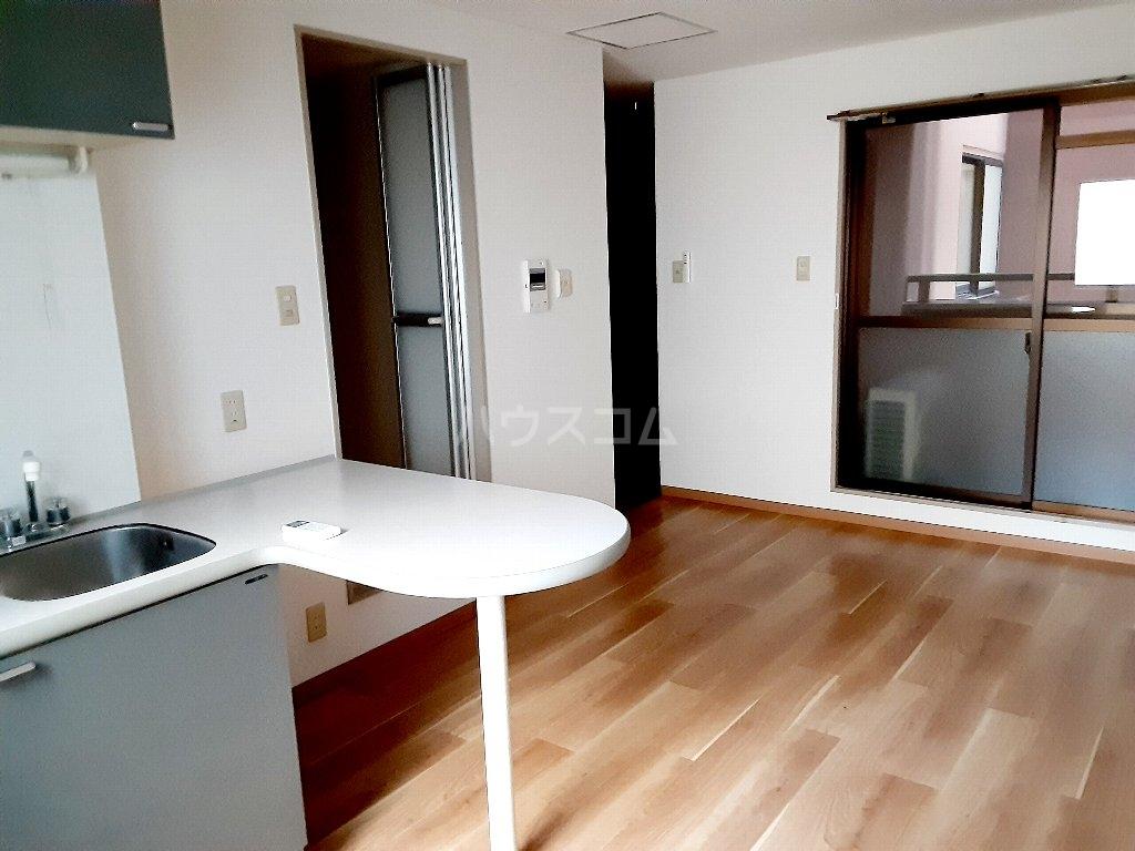 エスポワール茨木 204号室のキッチン