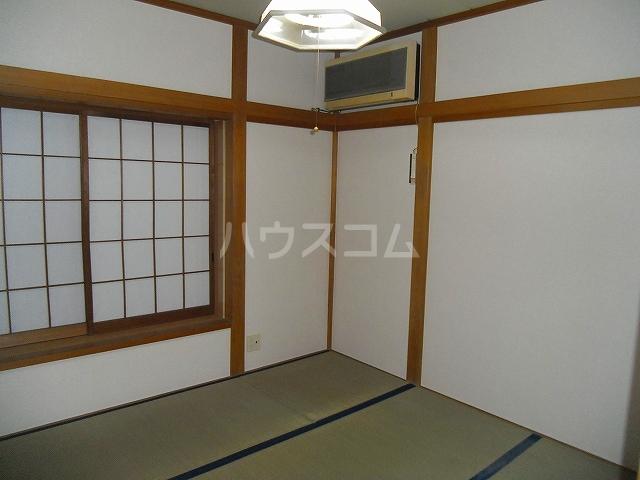 コーポエル朝霞 201号室のベッドルーム