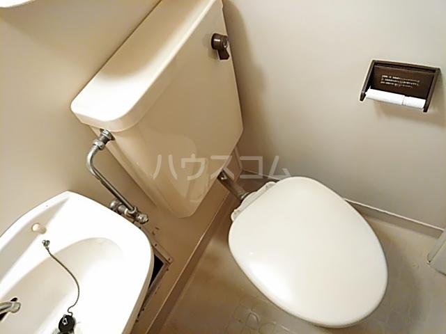 ラ・シャンブル 303号室のトイレ