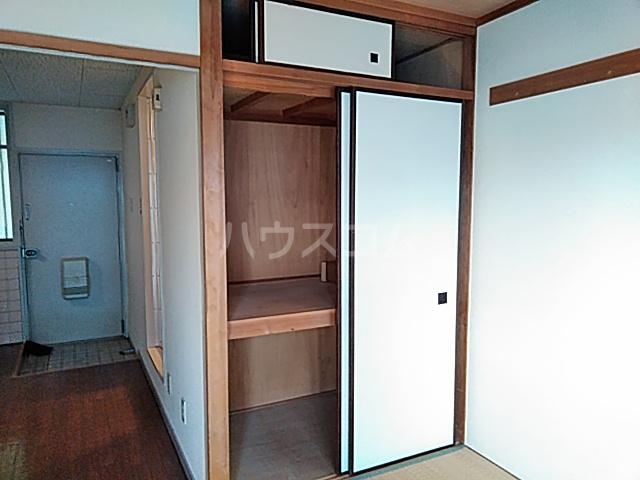 ラ・シャンブル 303号室の収納
